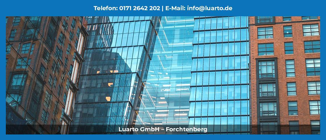 Gebäudereinigung  Langenbrettach - Luarto: Winterdienst, Industriereinigung, Desinfektion